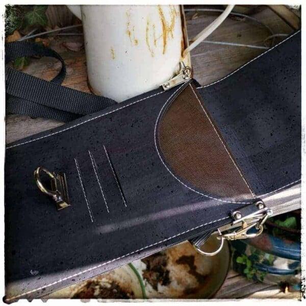 telefoon tasje zwart kurk binnenkant