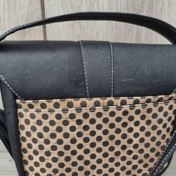 schattige cross body tas van kurk achterkant