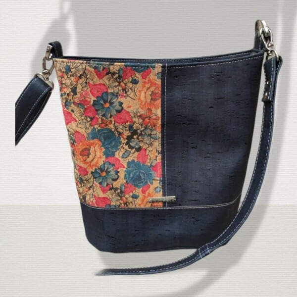 kurk schoudertas blauw met bloemenprint